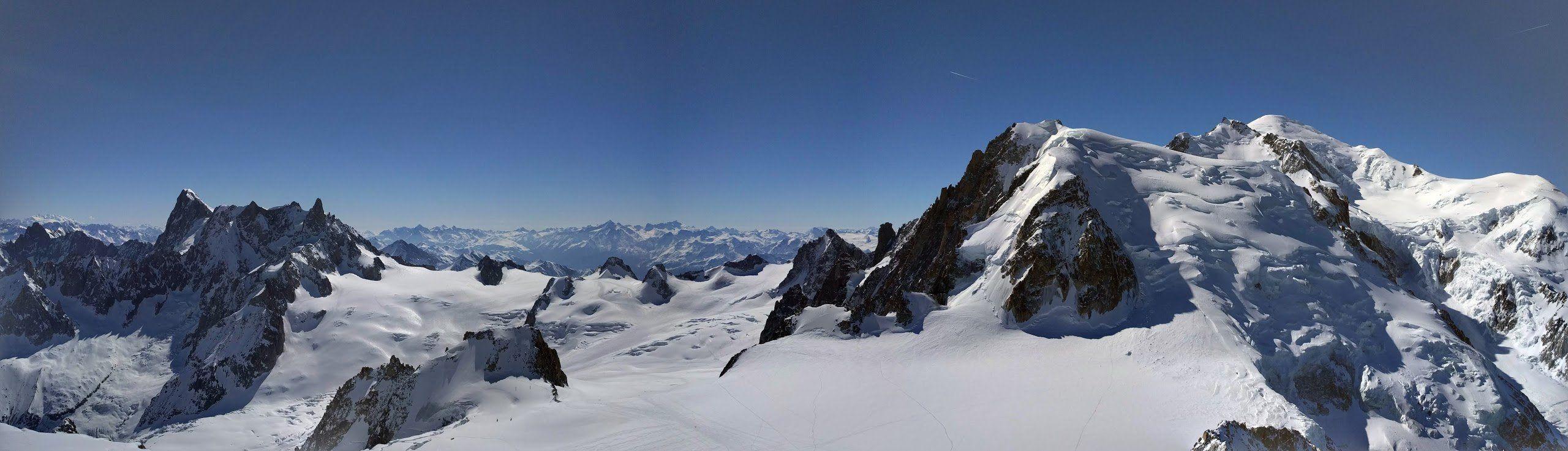Panorama aiguille du midi mont-blanc, chamonix, france, alpes